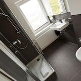 Comfort-dobbeltværelse - 1 dobbeltseng - stueetage - Badeværelse