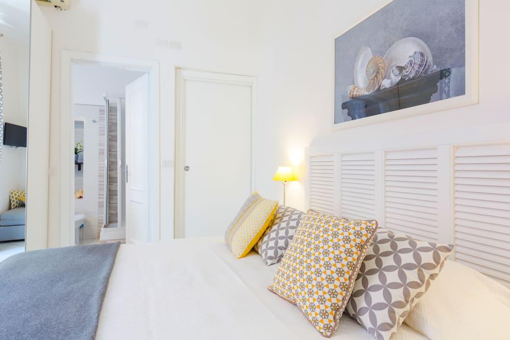 غرفة مريحة - سرير مزدوج - بحمام داخل الغرفة - غرفة نزلاء
