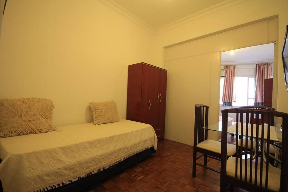 Standard Apartment, 1 Bedroom, Refrigerator & Microwave - Living Room