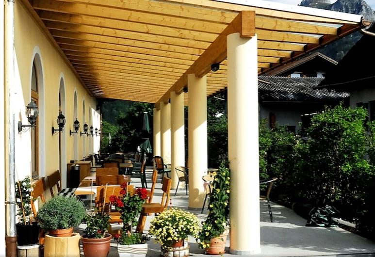 Hotel Weinbauer , Schwangau, Ruokailutilat ulkona