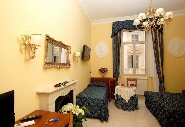 Caroline Suite, Rím, Trojlôžková izba, Hosťovská izba