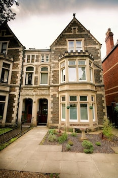 Picture of Church Guest House in Cardiff