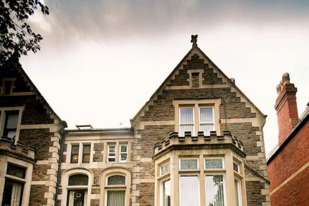 Church Guest House, Cardiff