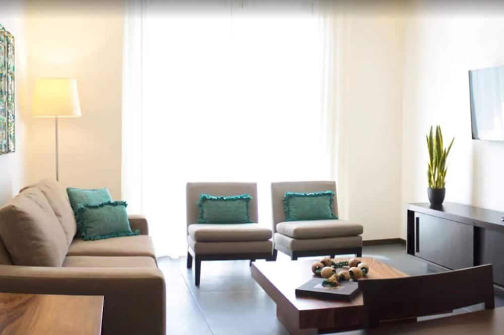 Suite Deluxe, 2 habitaciones, cocina, vista a la ciudad - Habitación
