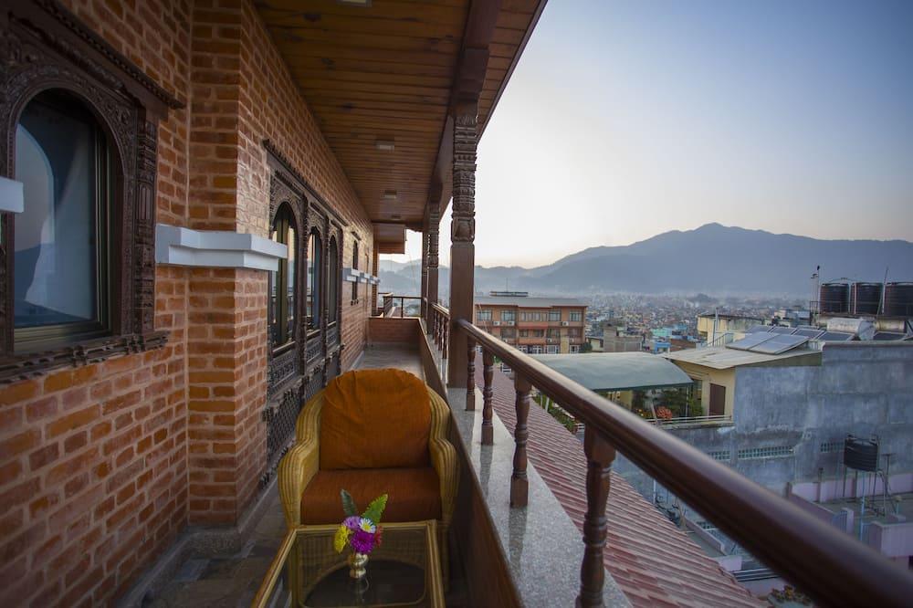 Habitación Deluxe doble, 1 cama de matrimonio grande, vistas a la montaña - Balcón