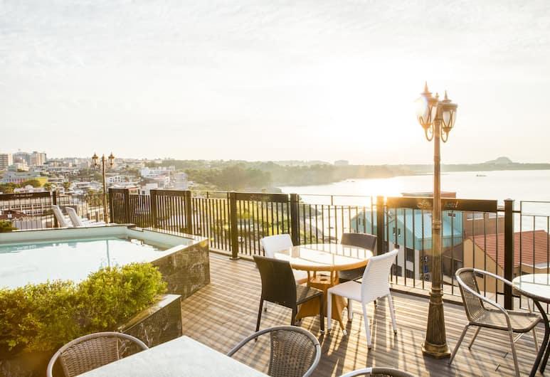 濟州精美飯店, 西歸浦, 頂樓游泳池