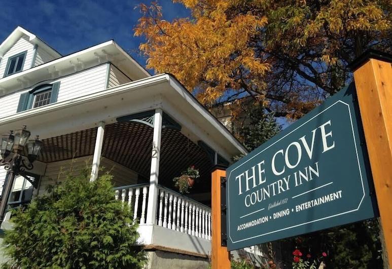 The Cove Country Inn, Westport, Hotel homlokzata
