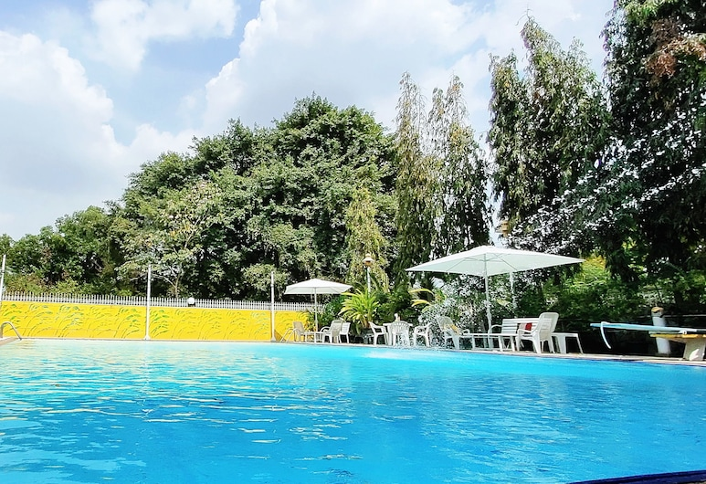 Asias Boutique Club / The Homestays, Pathum Thani, Outdoor Pool