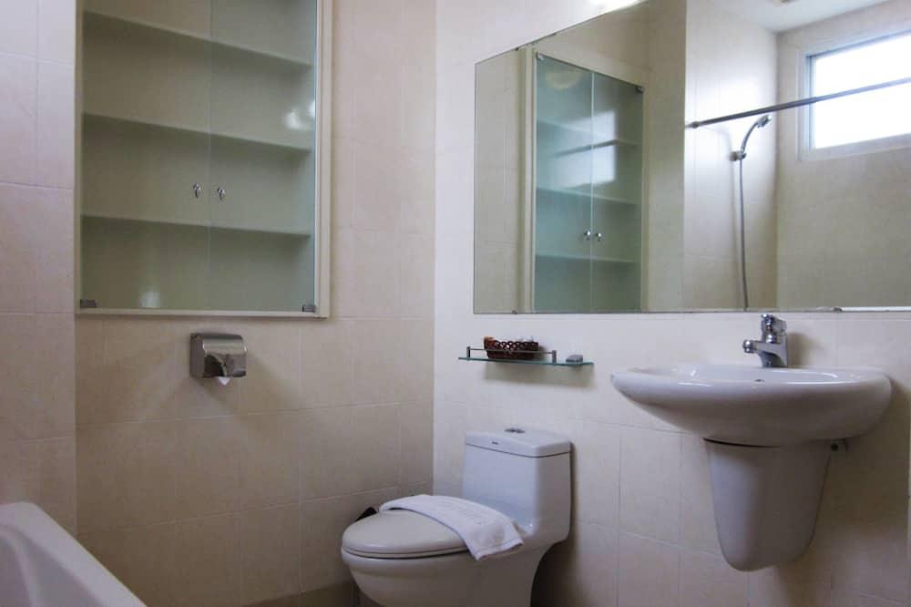 Lejlighed - 4 soveværelser (219m2) - Badeværelse