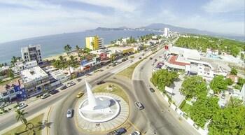 Picture of Condominio Marlica Manzanillo in Manzanillo