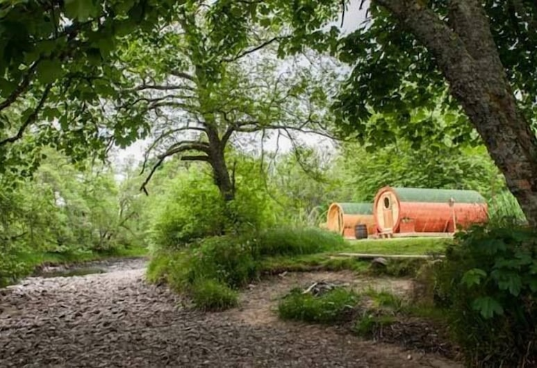 BCC Lochness Glamping, Inverness, Property entrance