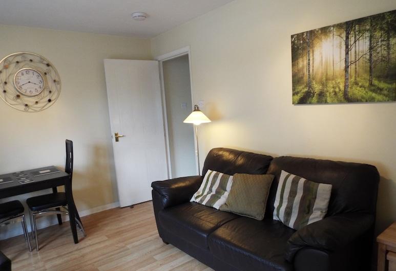 Edinburgh Palace Apartment, Edinburgh, Standard Apartment, 1 Bedroom, Living Room