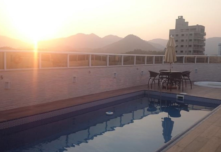 Blue Hill Hotel, Timbo, Terrace/Patio