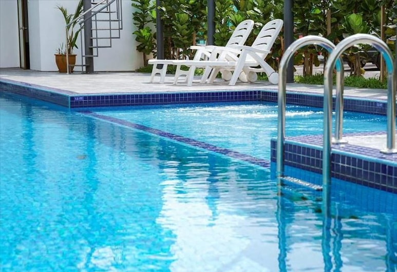 906 Premier Hotel, Malacca City, Lauko baseinas