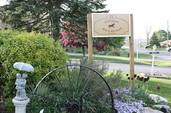 Picture of Carrousel Bed & Breakfast in Cayuga