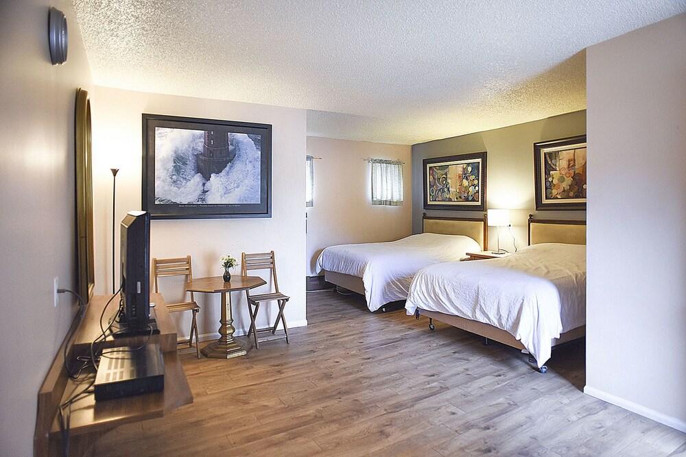 H Motor Lodge Idaho Springs
