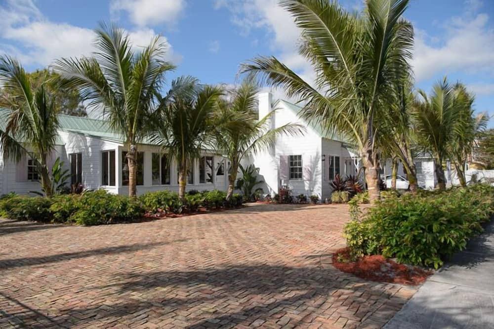 Ernest Lyons House, 3 Bedrooms, Pool Access, 2 Bathrooms - 객실