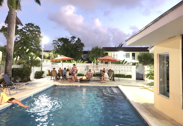 The Colony Club Inn & Suites, Nassau, Basen