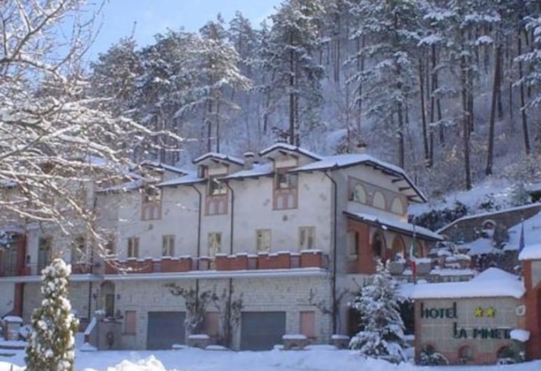 Hotel Ristorante La Pineta, Scheggia e Pascelupo