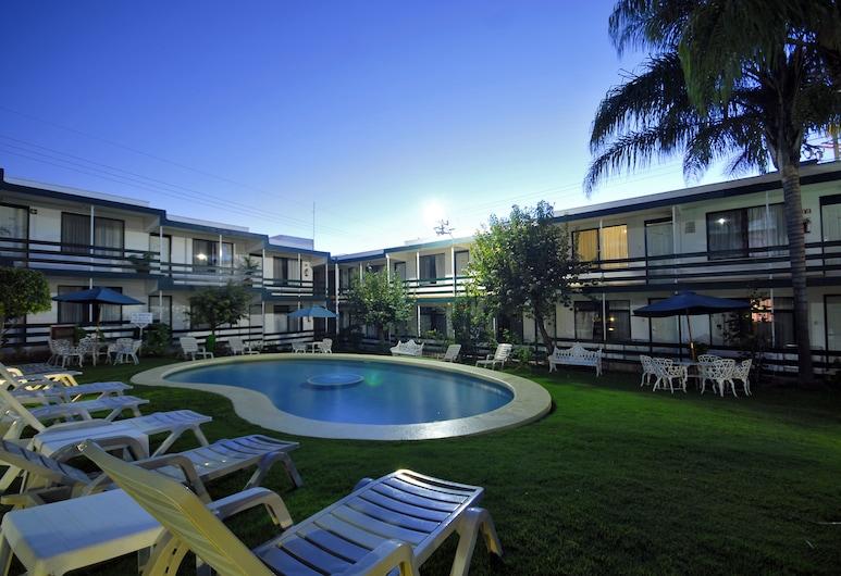 هوتل آند سبا فيلا فيرجيل, إزتابان دي لا سال, حمام السباحة الخاص بالأطفال