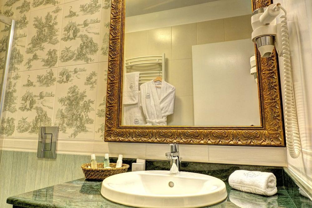 Junior Suite, City View - Bilik mandi