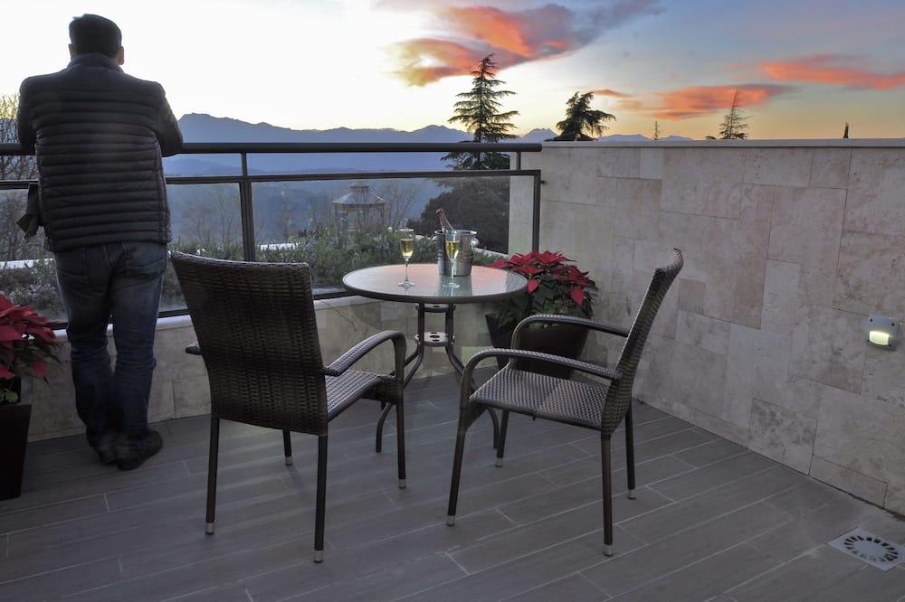 Studio, Terrace - Balcony