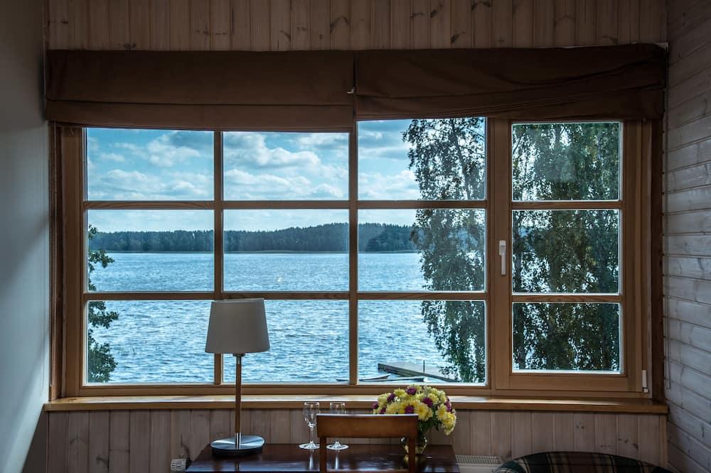 Dobbeltrom – standard, utsikt mot innsjø - Gjesterom
