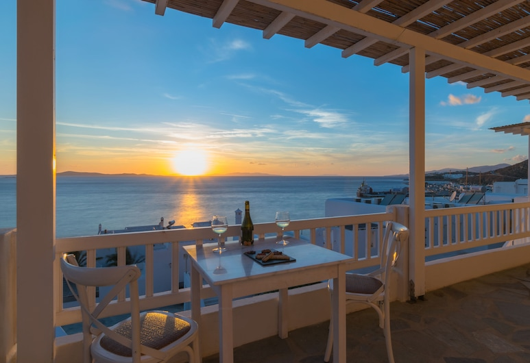 With Inn, Mykonos, Outdoor Dining