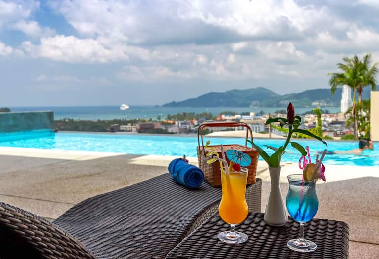 Patong Bay Hill Resort, Patong, Premier Suite, Pool Access, Guest Room