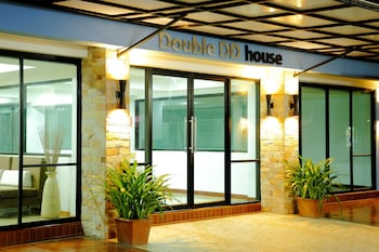 Picture of Double DD House at MRT Sutthisarn in Bangkok