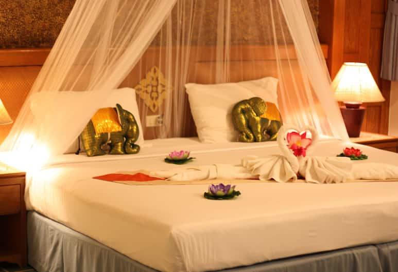 Your Place Inn, Karon, Deluxe Room, Bilik Tamu