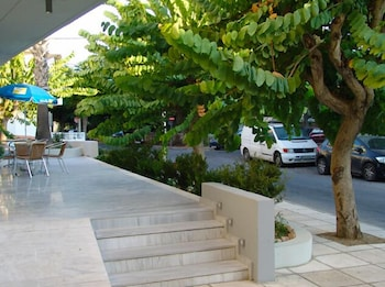 Picture of Dimitris Paritsa Hotel in Kos