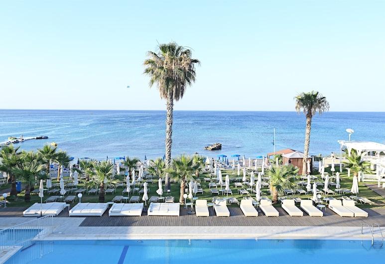 Iliada Beach Hotel, Πρωταράς, Πισίνα