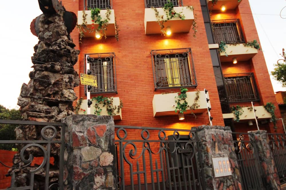 OKE APART HOTEL
