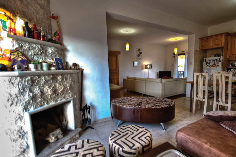 Villa, 3 Bedrooms, Mountain View - Living Area