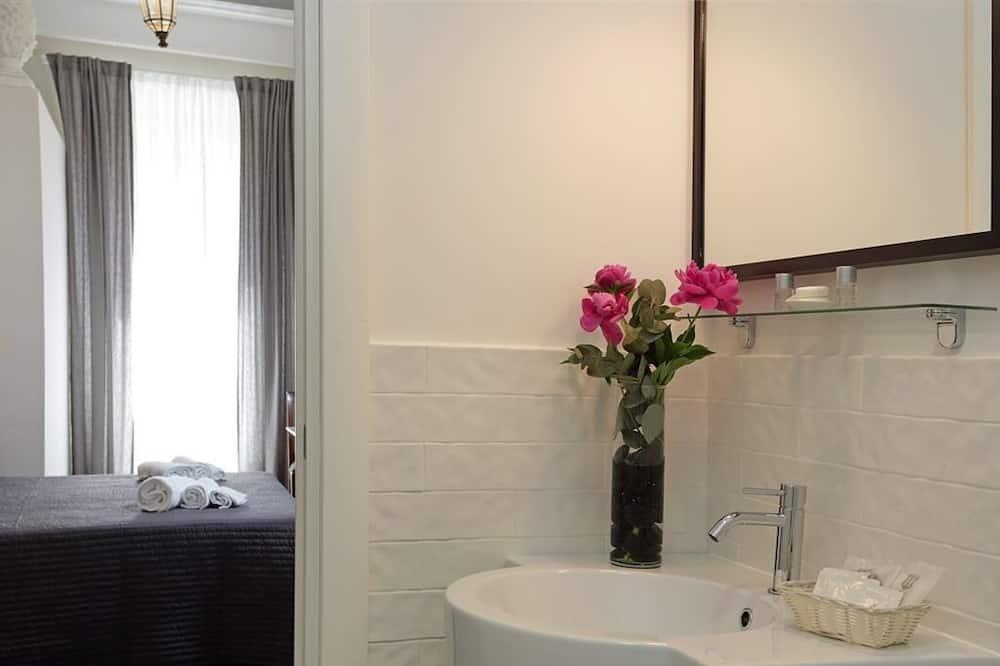슈피리어 트리플룸, 전용 욕실 - 욕실