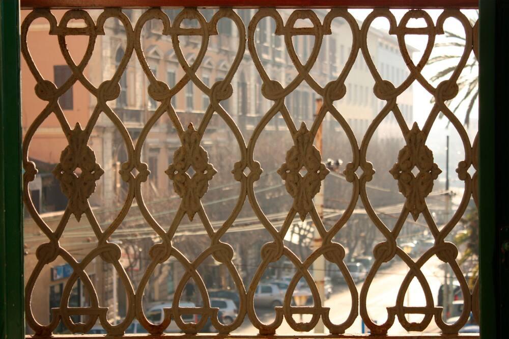 Kamar Double atau Twin, pemandangan pelabuhan - Balkon