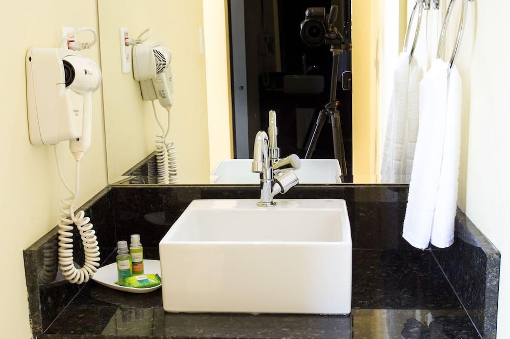 Standard Duplo Casal - Bilik mandi