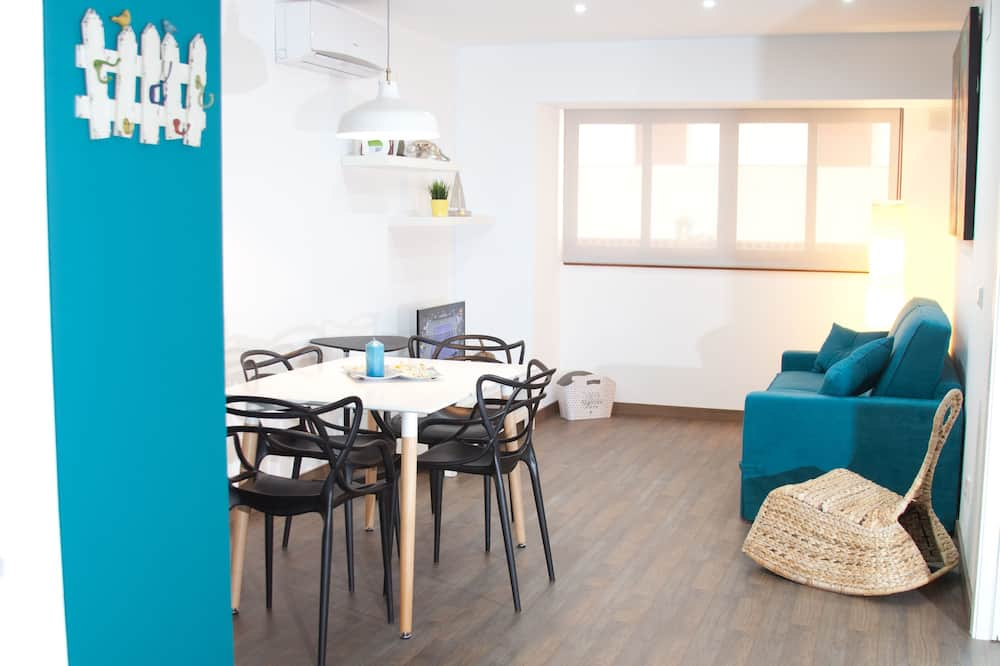 City Apartment, 1 Bedroom, Accessible, City View - Room