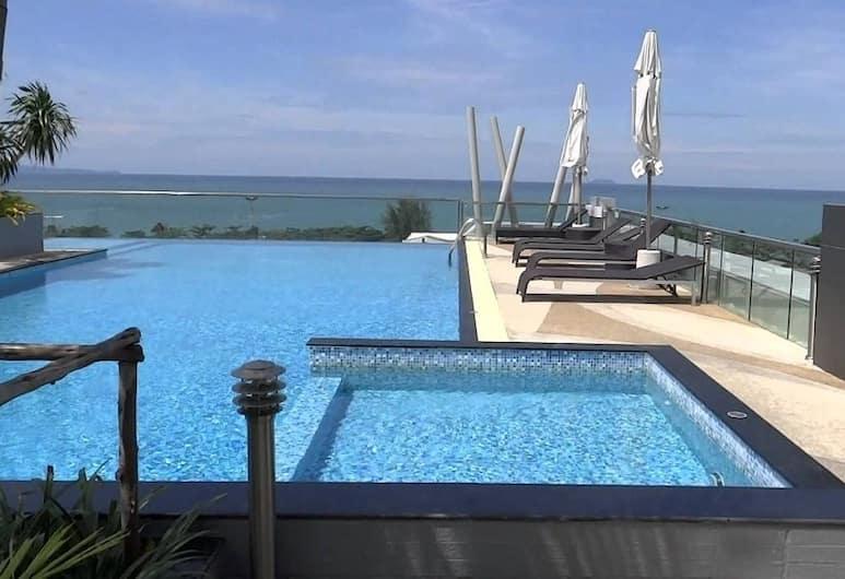 เดอะ แกลเลอรี จอมเทียน บีช พัทยา คอนโด บาย โดม, Pattaya, สระว่ายน้ำกลางแจ้ง