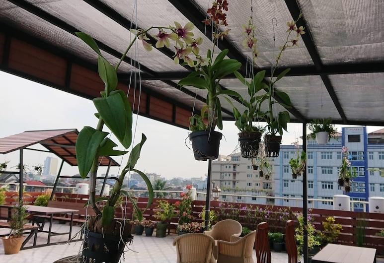 Royal Khattar Hotel, Yangon