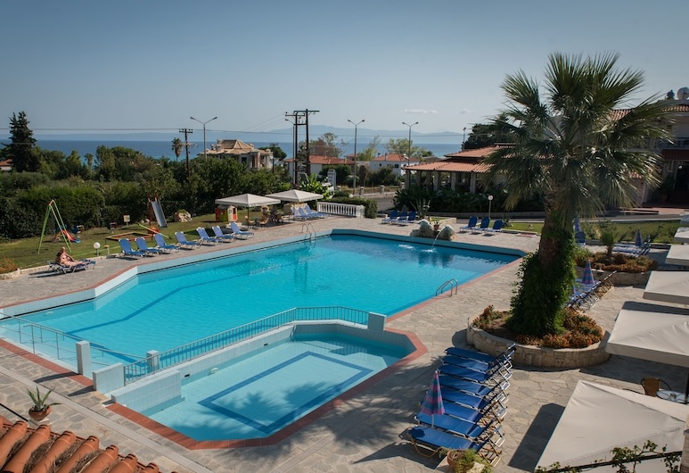 Halkidiki Palace, Κασσάνδρα, Εξωτερική πισίνα