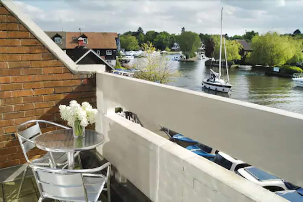 Superior-Doppelzimmer, 1King-Bett, Flussblick - Balkon