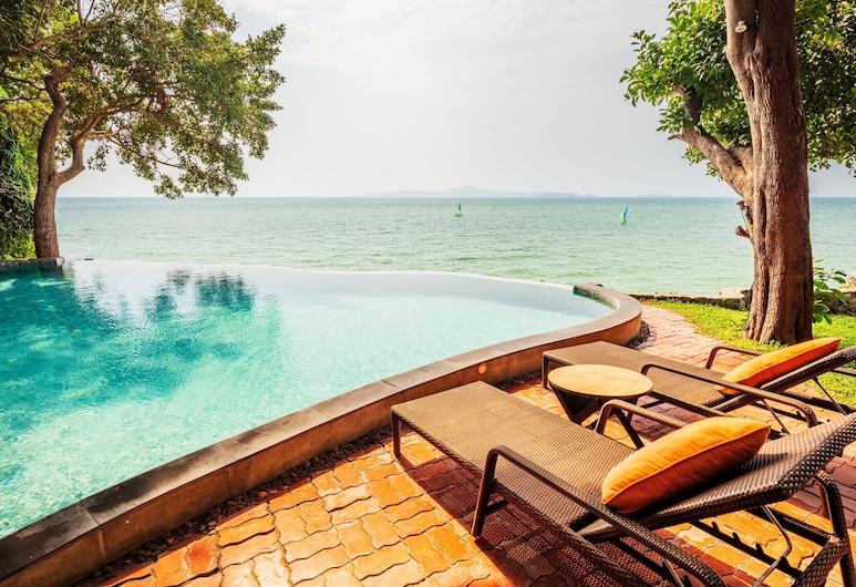 """The Monttra Pattaya, Pattaya, Hồ bơi """"vô cực"""""""