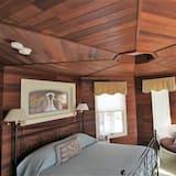 Suite with 1 Queen Bed and 1 Sofa Bed, Room #11 (NO Pets) - Зона гостиной