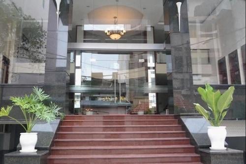 โรงแรมดึ๊กมิง/