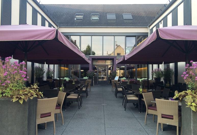 KH Hotel, Geisenfeld, Terrace/Patio