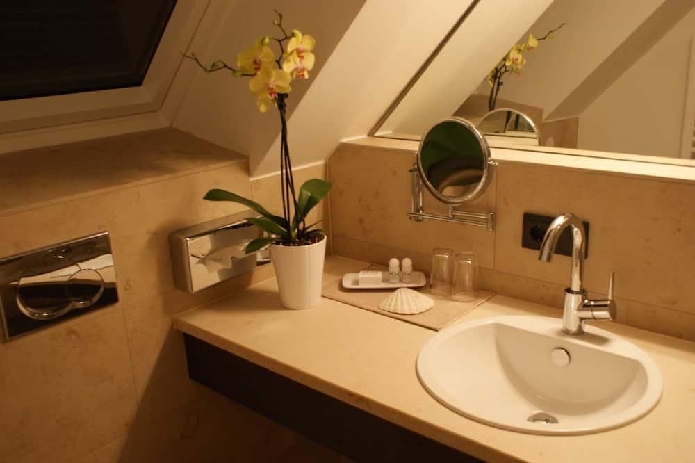 Chambre Simple Affaires, 1 lit une place - Salle de bain
