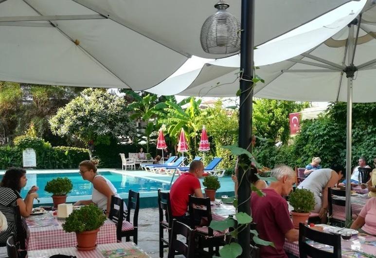Hotel Unver, Marmaris, Açık Havada Yemek