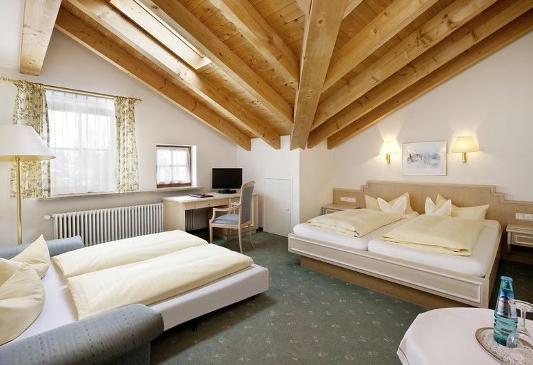 Hotel Filser, Fuessen, Triple Room, 1 Bedroom, Guest Room